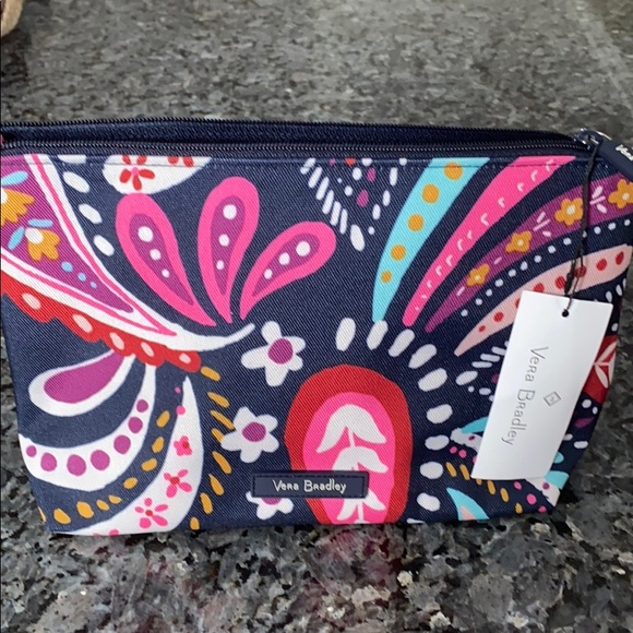Brand New Vera Bradley large cosmetic bag! NWT